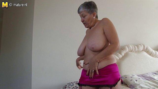 Carino insegnante staccare il tube porno tavolo